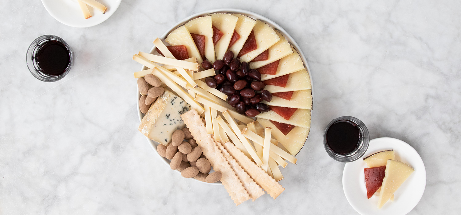 The Perfect Red Wine Pairing Cheese Board