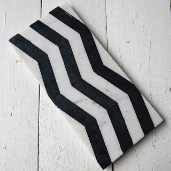 Be Home Black & White Marble Chevron Board