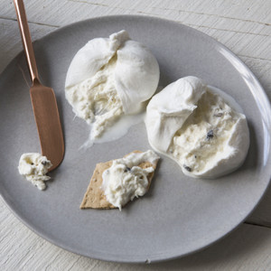Maplebrook Truffle Burrata 2x4oz