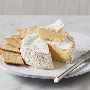 Murray's Camembert Fermier 8oz