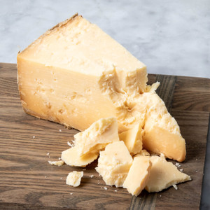 Cellars At Jasper Hill Cabot Clothbound Cheddar