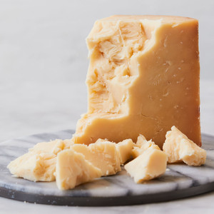 Murray's Cave Aged Original Stockinghall Cheddar