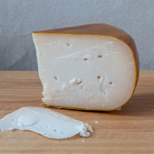 Murray's Honey Goat Gouda