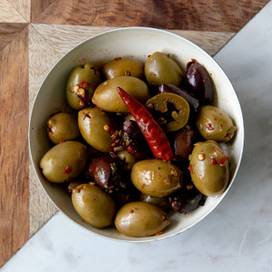 Mixed Pitted Greek Olives & Crushed Chiles 5.6oz