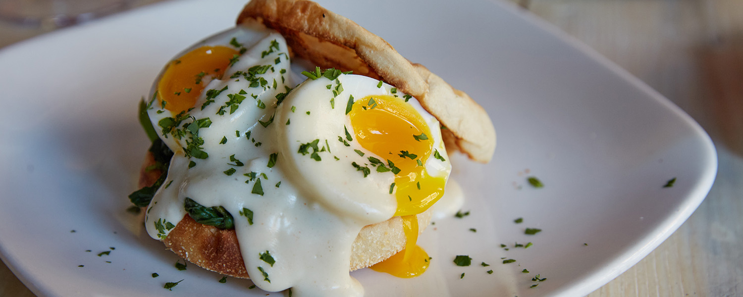 Poached Eggs With Comte Mornay