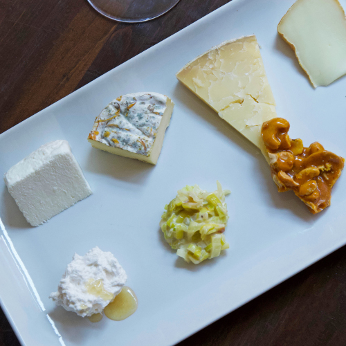 Casellula Dexluxe Cheese Pairing Plate
