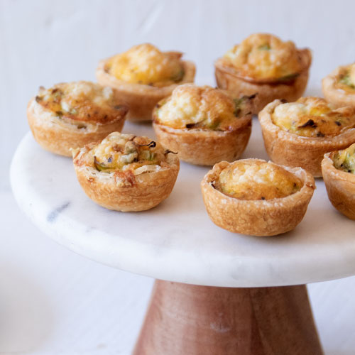 Roasted Garlic and Cheese Quiche Puffs